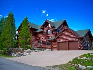 Spacious Mountain Retreat w/ Stunning Views & Ski - Silverthorne vacation rentals
