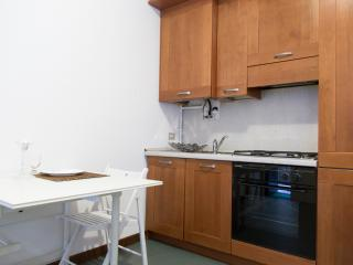 Mister House - Porta Ticinese - Milan vacation rentals