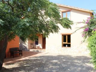 Perfect Villa with Deck and Internet Access - Conil de la Frontera vacation rentals