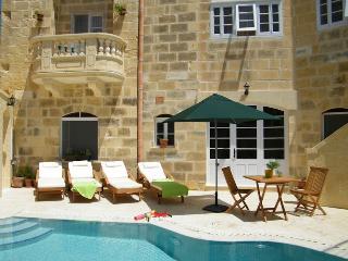 Darta Bounty Maison de caractère - Victoria vacation rentals