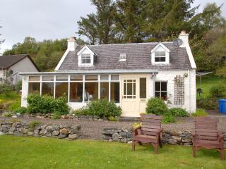 3 bedroom Cottage with Internet Access in Dornie - Dornie vacation rentals