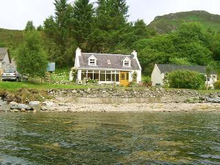 Charming Cottage with Internet Access and Central Heating - Dornie vacation rentals