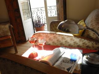 Cosy Apt In The Heart of Historical Lisbon 3/5 - Lisbon vacation rentals