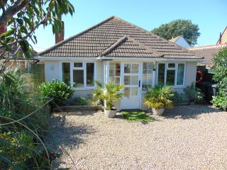 Lovely 3 bedroom Bungalow in Eastbourne - Eastbourne vacation rentals