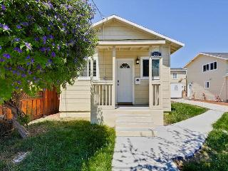 Sunny and Modern 2 BR Bungalow - Redwood City vacation rentals