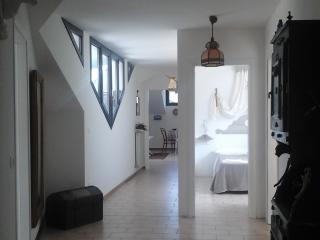 Cozy 3 bedroom Male Townhouse with Internet Access - Male vacation rentals