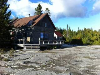 LOG CABIN UNPLUGGED + SUPER-CHARGED - Providence Bay vacation rentals