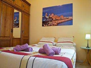 Cozy 1 bedroom Apartment in Cadiz - Cadiz vacation rentals