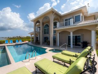 The Award-Winning 'Sun Cloud' - 5BR, Oceanfront Luxury Villa in Rum Point - Private Beach and Private Pool! - Rum Point vacation rentals