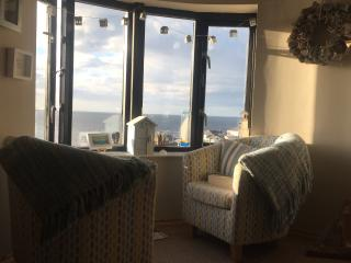 The Lookout penthouse. Spectacular views . - Portballintrae vacation rentals