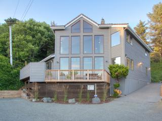 Cannon Beach Arch Cape Luxury + Breathtaking Views - Arch Cape vacation rentals