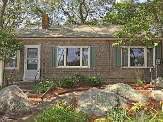 Captain's Cottage: Traditional setting with a private footbridge to the beach - Rockport vacation rentals