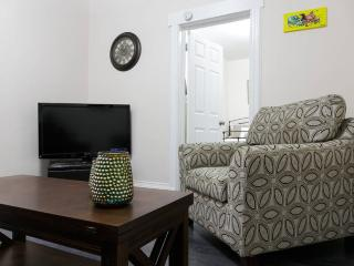 Great Apt Close to NYC! 4.5 miles to Time Square! - North Bergen vacation rentals