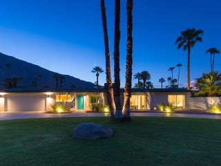 Porthaw: Mid Century Luxury Home with Great Views - Palm Springs vacation rentals