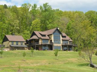 Maren Estate (Mountain Estate 20 min to UVA) - Afton vacation rentals