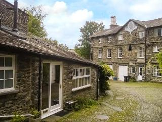 10 CROFT COURTYARD, romantic retreat, next to river, beautiful countryside - Ambleside vacation rentals