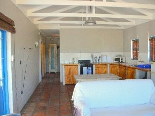 Comfortable 2 bedroom Chalet in Langebaan - Langebaan vacation rentals