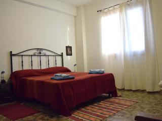 Dimore in Cortile Menfi, 2 rooms, 4/6 people - Menfi vacation rentals