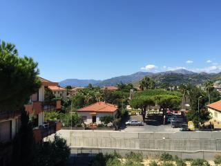 Splendido appartamento vicino al mare a Bordighera - Bordighera vacation rentals