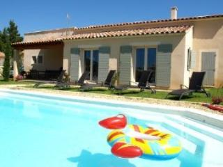 4 bedroom Villa with Internet Access in Saint-Saturnin-les-Apt - Saint-Saturnin-les-Apt vacation rentals