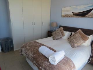 St.Tropez 1105 - Strand vacation rentals