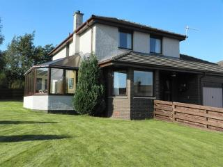 Spacious House with Deck and Internet Access - Aviemore vacation rentals