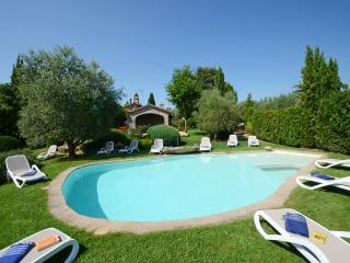 6 bedroom Farmhouse Barn with Deck in Parrano - Parrano vacation rentals