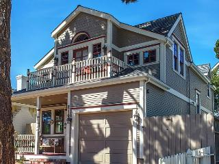 3703 La Gloria Cottage-by-the-Sea ~ Walk to Town and Beach! Beautiful Design! - Pacific Grove vacation rentals