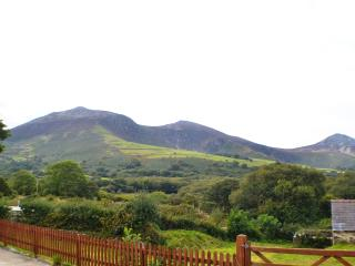3 bedroom Barn with Kettle in Trefor - Trefor vacation rentals