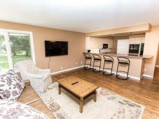 Crown Jewel 3 - Niagara Falls vacation rentals