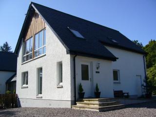 Acorn Cottage, Banavie, Fort William - Banavie vacation rentals