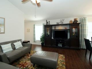 3 BR 2 BA POOL HOME W/GAME ROOM ON GOLF COURSE - Haines City vacation rentals