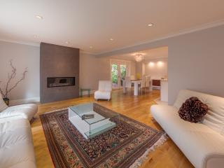 High End Luxury Home in Vancouver! - West Vancouver vacation rentals