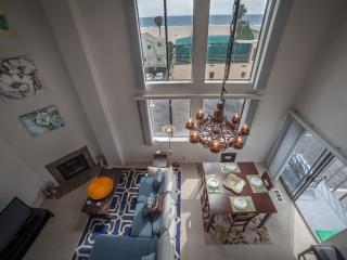 Oceanview Penthouse in Venice Beach with 5 Queen Beds - Los Angeles vacation rentals
