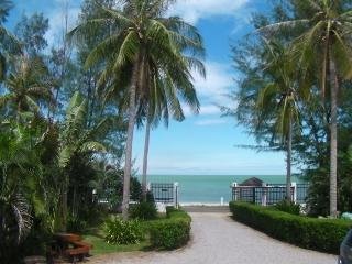 5 bedroom House with Internet Access in Hua Hin - Hua Hin vacation rentals
