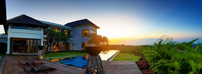 Luxury Sunset View 3BR, Uluwatu - Image 1 - Jimbaran - rentals