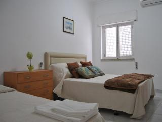 Holiday apartment in the old town of Albufeira - Albufeira vacation rentals