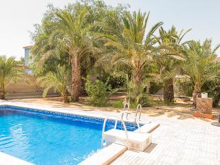 Charming Immaculately Presented Villa  in El Campe - Campello vacation rentals
