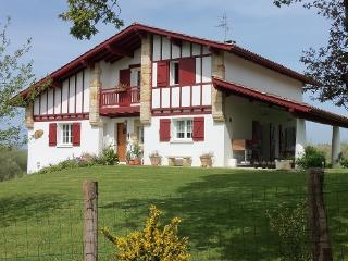 Bright 5 bedroom Ahetze House with Internet Access - Ahetze vacation rentals