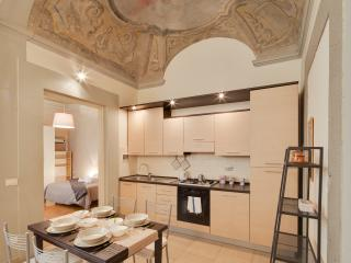 New: Ghiberti apt with frescoes - Florence vacation rentals