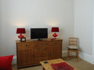 Edinburgh City Centre Holiday Apartment - Edinburgh vacation rentals