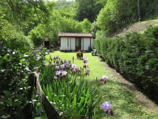 Romantic 1 bedroom Arneguy Chalet with Internet Access - Arneguy vacation rentals