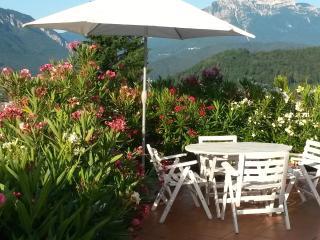 domus helios - Fam. Gelmetti - p.terra - Levico Terme vacation rentals