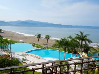 Beachfront 1bdr Condo, Breathtaking Views - Puerto Vallarta vacation rentals