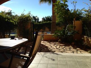 Lovely one bedroom garden flat near Javea port. - Javea vacation rentals