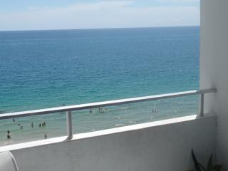 Sunny 1 bedroom Apartment in Fort Lauderdale - Fort Lauderdale vacation rentals