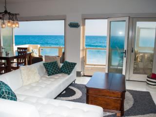 Oceanfront Malibu Pad Private Beach - On the Water - Malibu vacation rentals