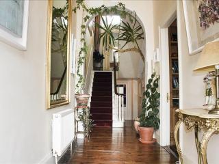 Beautiful period home in Dublin South, Ireland. - Dublin vacation rentals