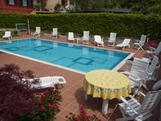 Bright Malcesine vacation Townhouse with Shared Outdoor Pool - Malcesine vacation rentals