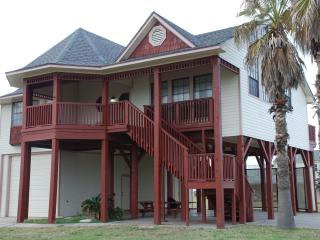 One Block from Beach, Pool, Fishing Pier, Boat Lau - Galveston vacation rentals